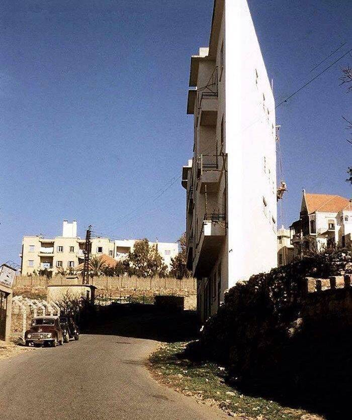 This Thin House Was Built For Just One Purpose – Revenge