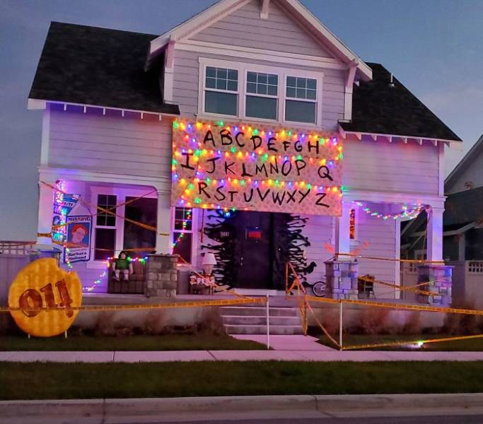 Some Of The Best Halloween Decorations To Make Your