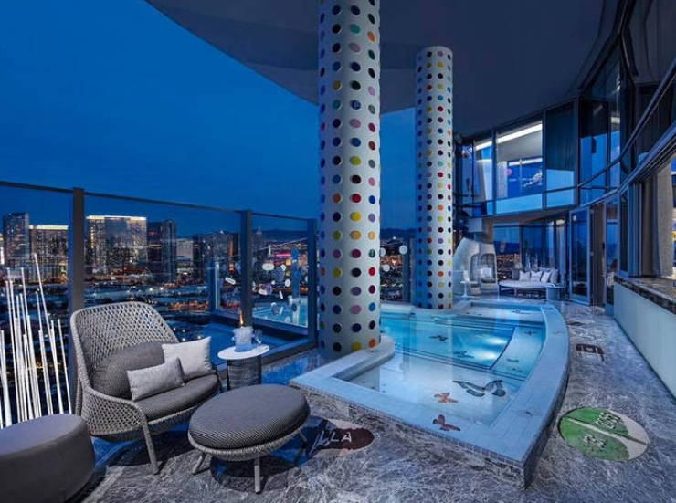 THE Most Expensive Hotel Rooms You Can Find In The US