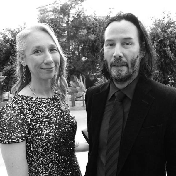 So Does Keanu Reeves Finally Have A Girlfriend Now?!