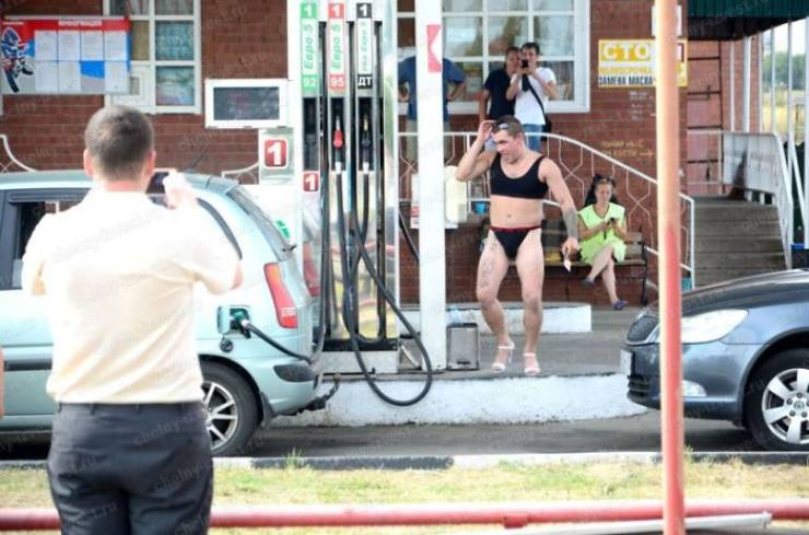 Free Gas For Anyone Wearing A Bikini? Sounds Like A Deal For These Russian Men!