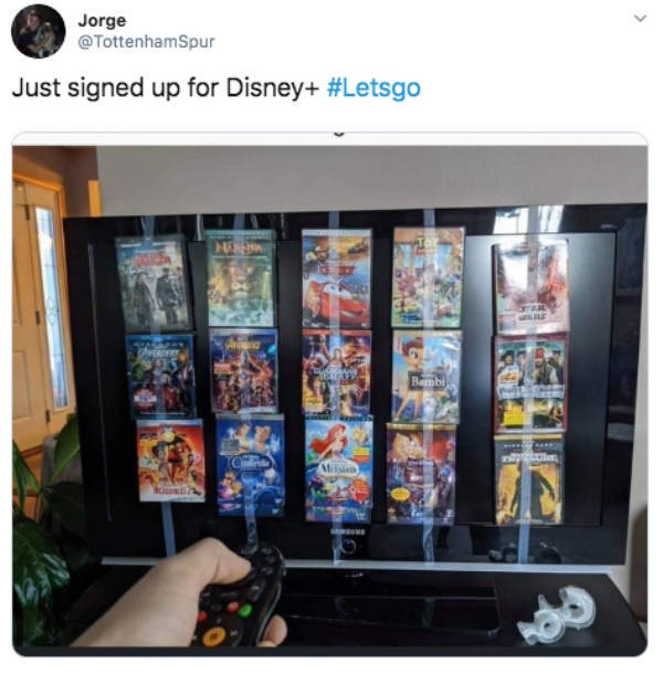 """""""Disney+"""" Is Out, And Everyone Is So Busy Watching It, They Can't Even Look At These Memes"""