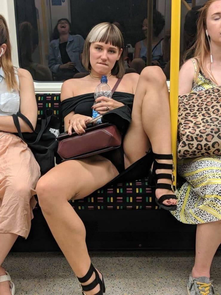 Girls Are Having Tons Of Fun!