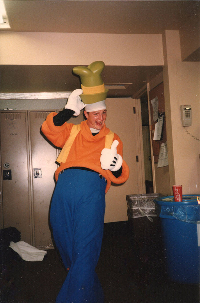 Disney World's Goofy Of More Than 20 Years Tells A Story About Real Disney Magic
