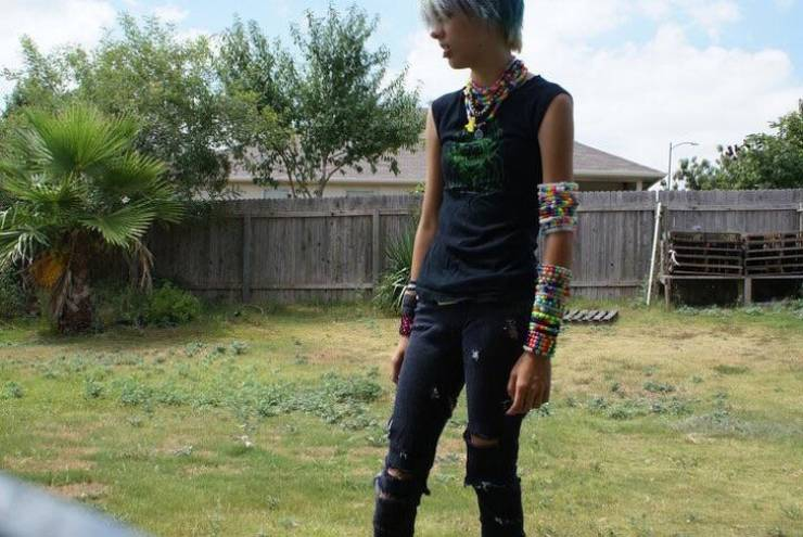 """Teens Have No Idea How Bad Their """"Fashion"""" Is…"""