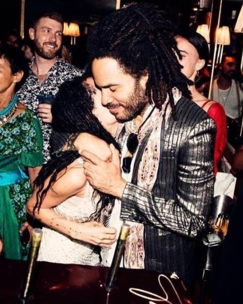 Take A Sneak Peek At Celebrity Fathers With Their Daughters