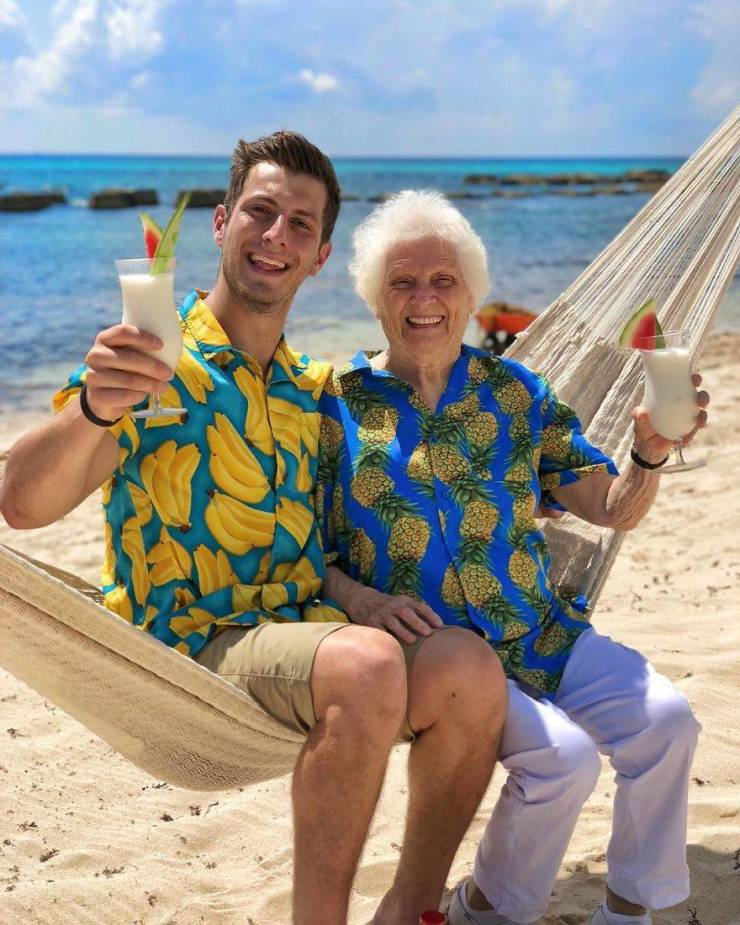 This 93-Year-Old Grandma Still Knows How To Have Fun!