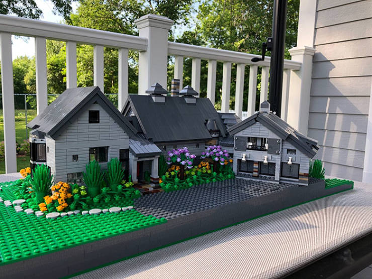 This Designer Can Make A Replica Of Your House With Just LEGO!