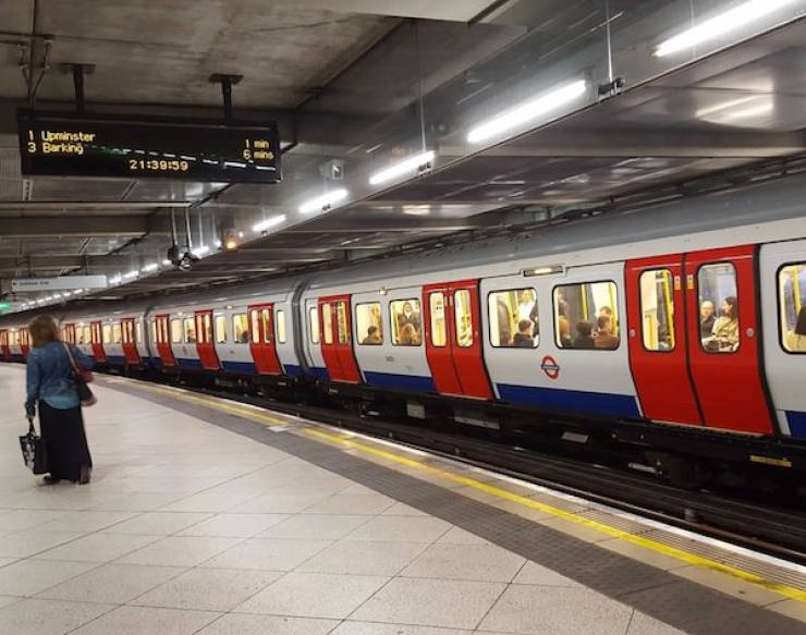 This London Tube Station Has A Special Announcer, And Here Is Why