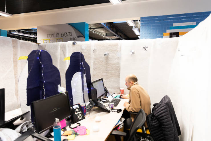 Office Gets Turned Into A Winter Maze Over A Weekend