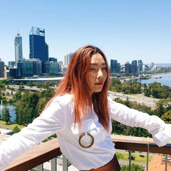 Celebrities Who Helped To Save Australia From The Bushfires With Their Money