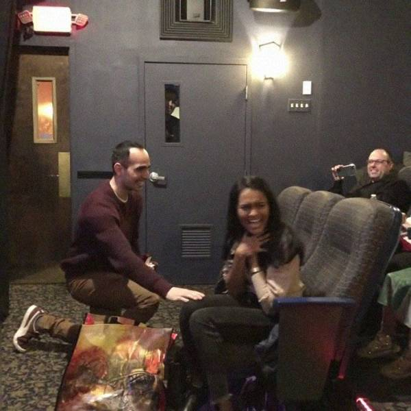 Man Hacks A Movie To Propose To His Girlfriend