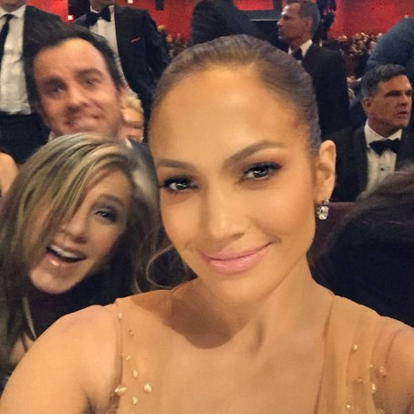 These Celebs Are Photobomb Masters!