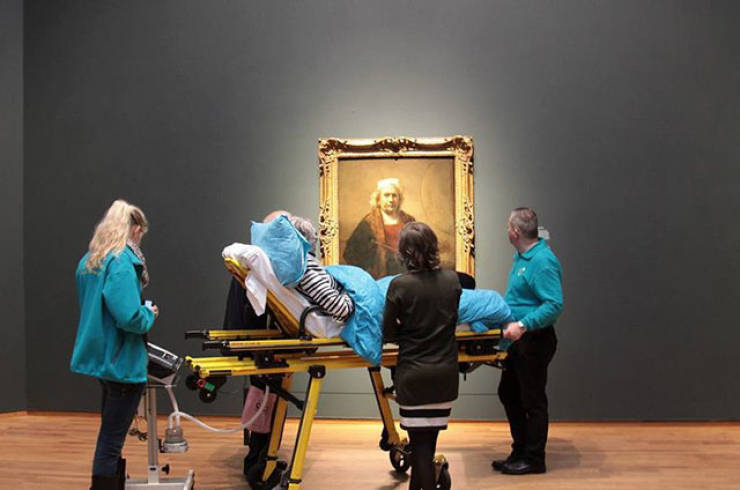 Dutch Charity Fulfills People's Dying Wishes
