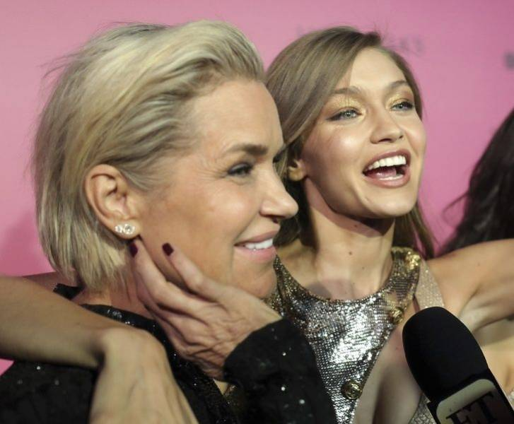 Celebs Who Look Great With Their Moms