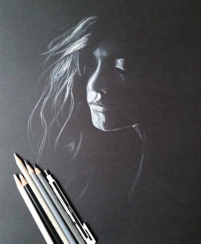 These Beautifully Lighted Photos Of Women Are Actually Pencil Drawings!
