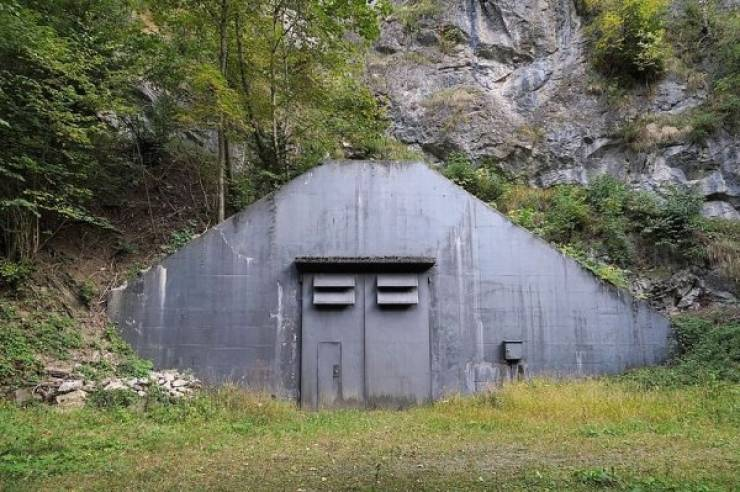 Abandoned Military Bases Just Look Unsettling!