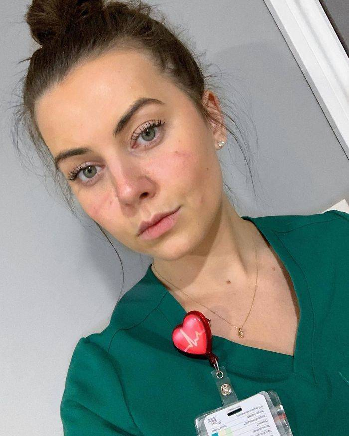 Overworked Doctors And Nurses Show How They Look After Working Insane Hours