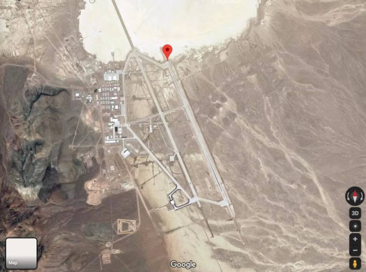 "Private Pilot Takes Aerial Photos Of Mysterious ""Area 51"""