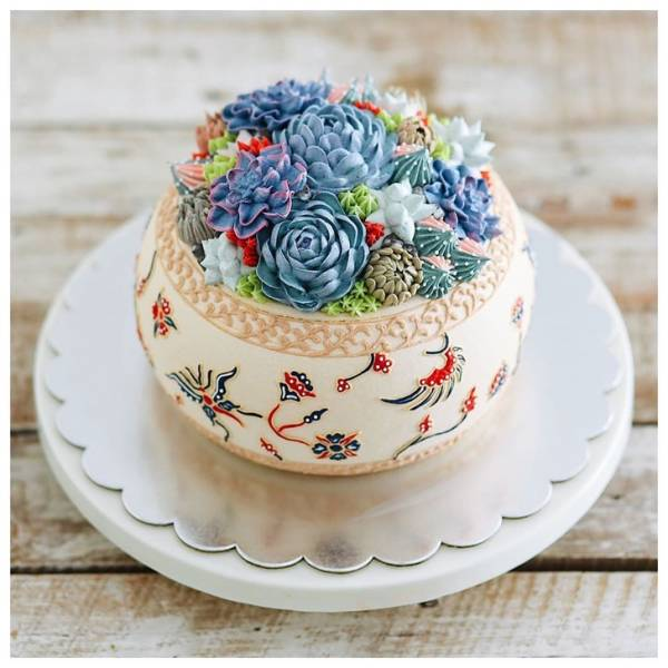 Come On, How Can We Eat These Beautiful Cakes?!
