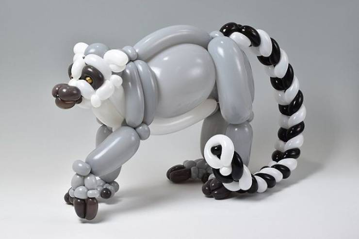 These Sculptures Are Made Of Balloons!