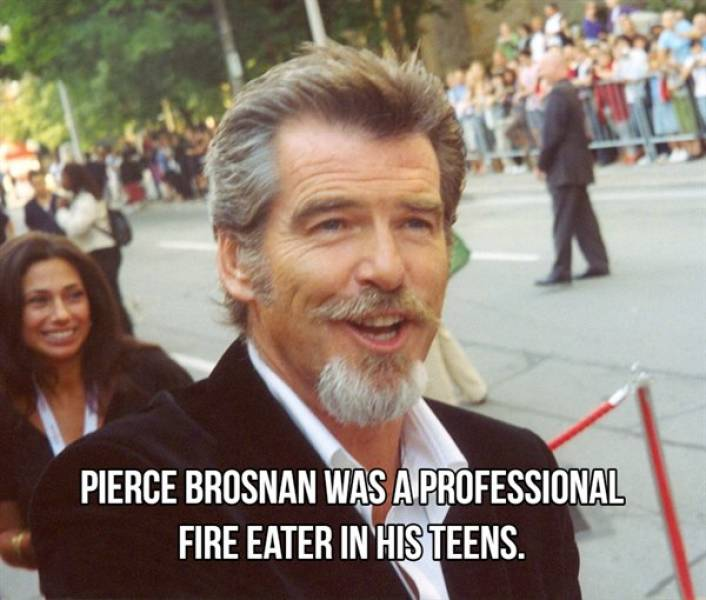 Celebrities And Normal Jobs They Had Long Ago