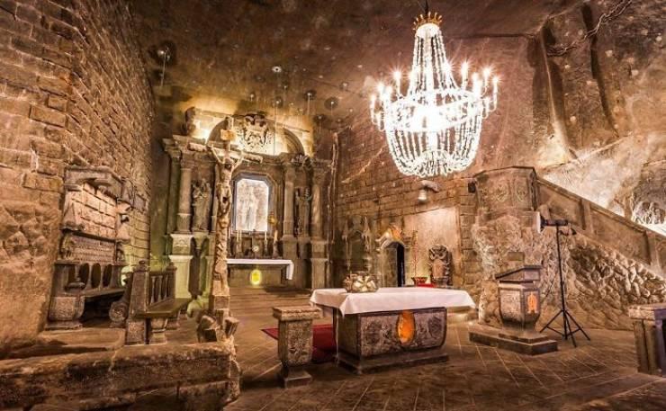 This Polish Salt Mine Looks Like A Palace!