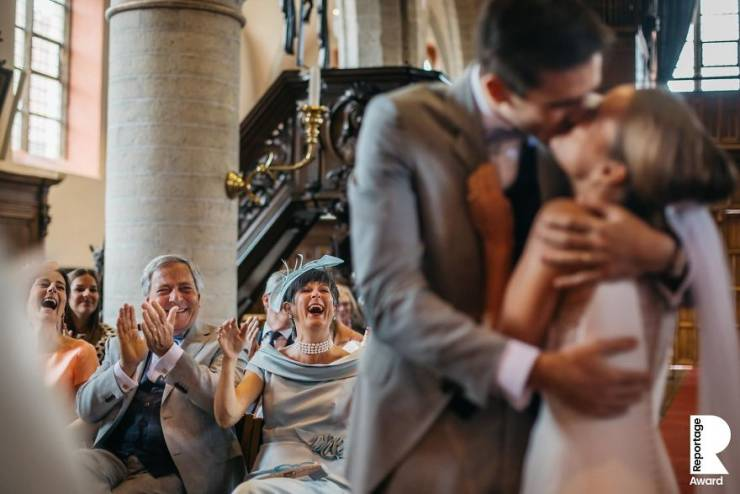 Best Wedding Photos Are Unstaged Wedding Photos
