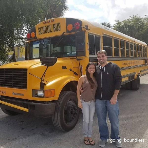 Couple Turns An Old '90s School Bus Into Their New Home