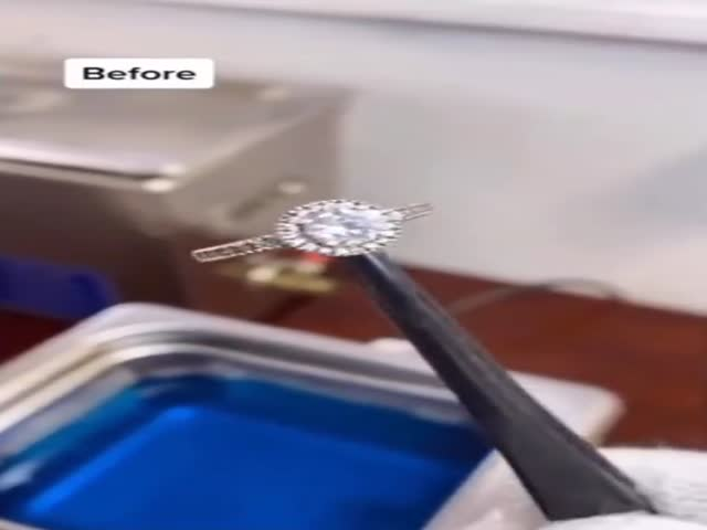 How Jewelry Is Cleaned