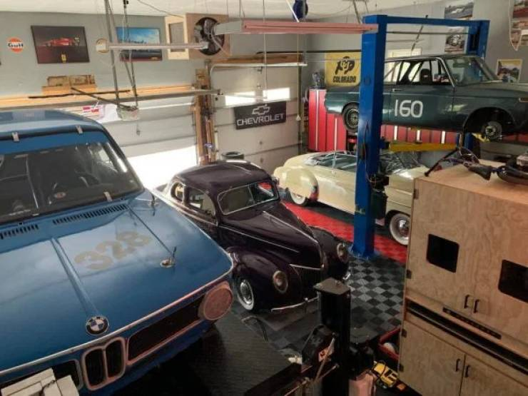 Look At These Awesome Garages!