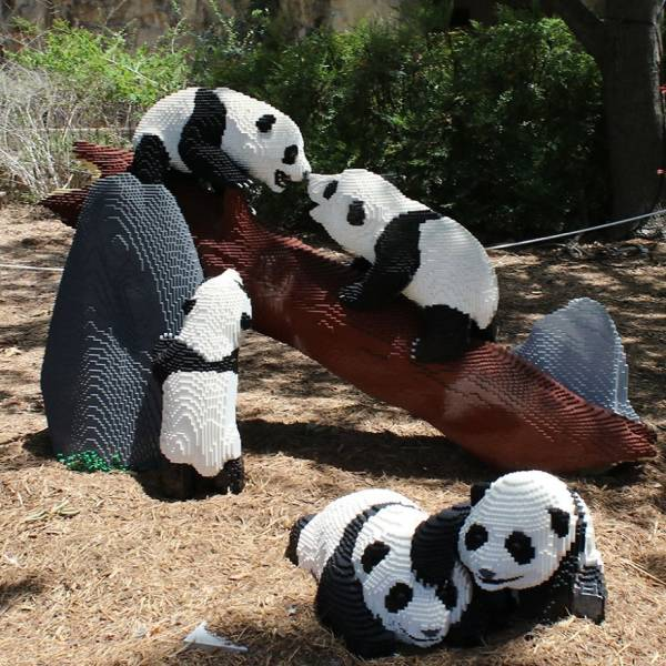 Zoo Replaces Some Real Animals With LEGO Ones