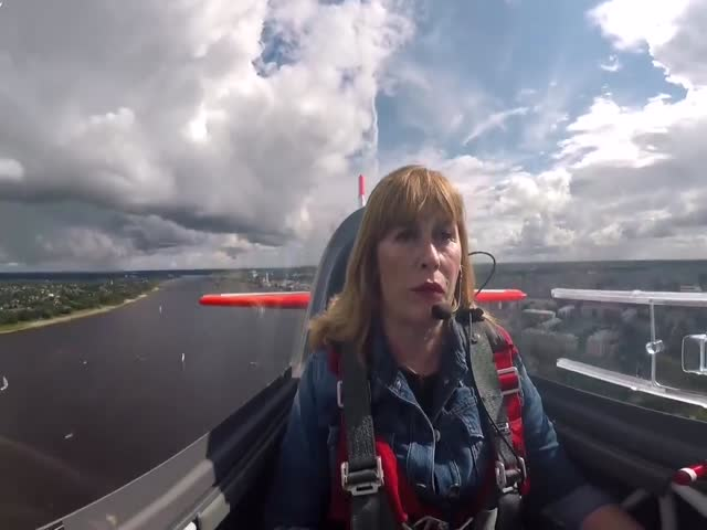 Svetlana Kapanina, World's Most Titled Aerobatic Pilot