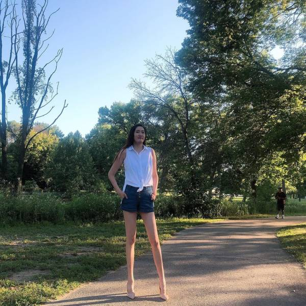 This Mongolian Woman Has The World's Second Longest Pair Of Legs!