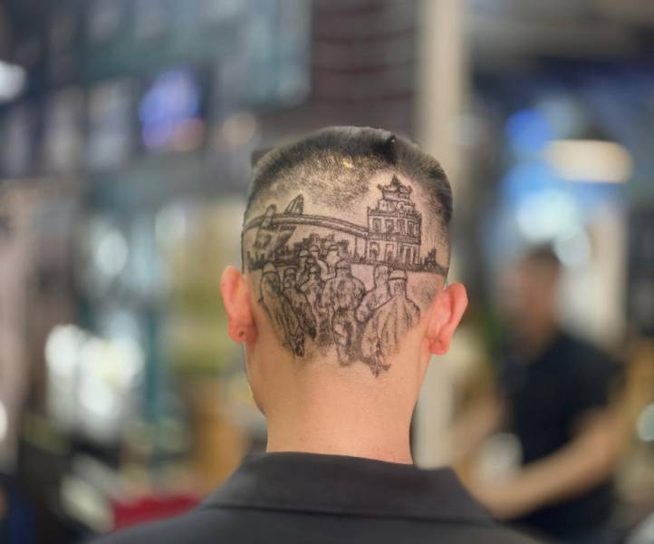 This Vietnamese Hairstylist Uses Backs Of People's Heads As Canvases!