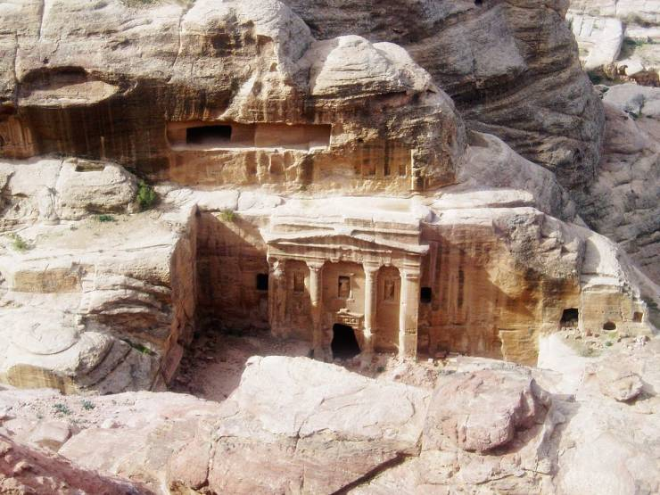 Little Known Facts About The City Of Petra, Which Was Carved Into Rocks In The Middle Of A Desert