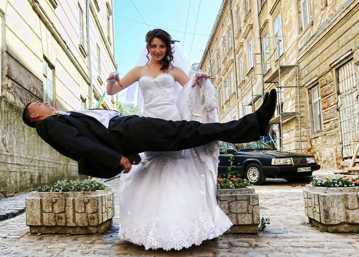 Marriage Photos With A Bit Of Extra Fun