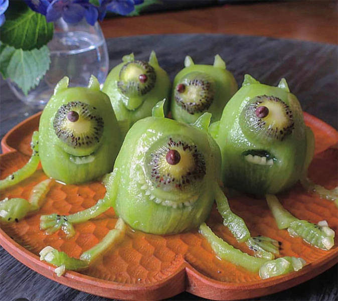 """These Funny Food Pictures Are """"Totally Gourmet""""!"""
