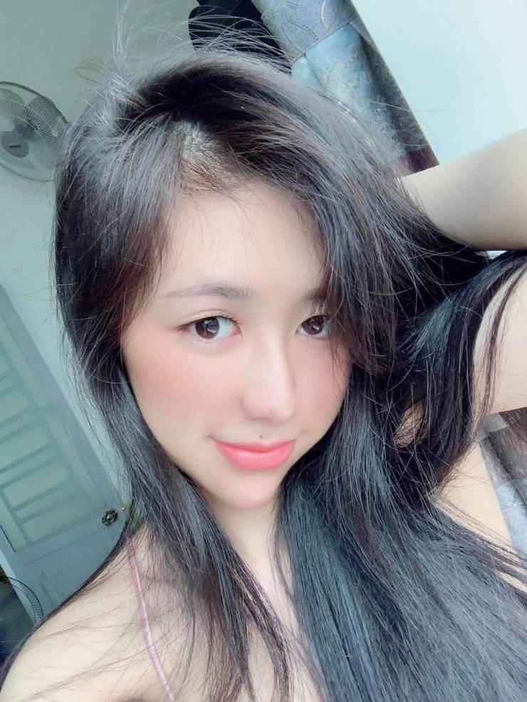 Vietnamese Girl Undergoes Radical Plastic Surgery After A Breakup With Her Boyfriend