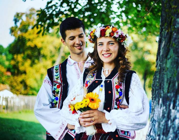 Traditional Wedding Outfits In Different Countries
