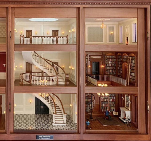 This Could Be The Most Intricate Dollhouse In The World!