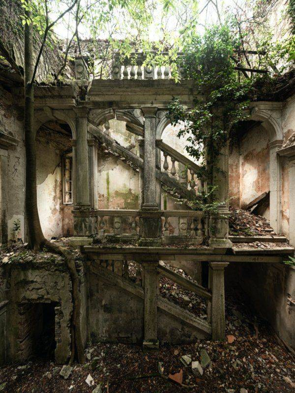 Abandoned Places Are So Intriguing!