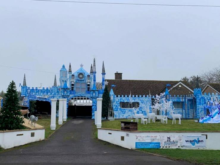 Couple Spends More Than $26,000 To Turn Their House Into A Winter Wonderland Castle