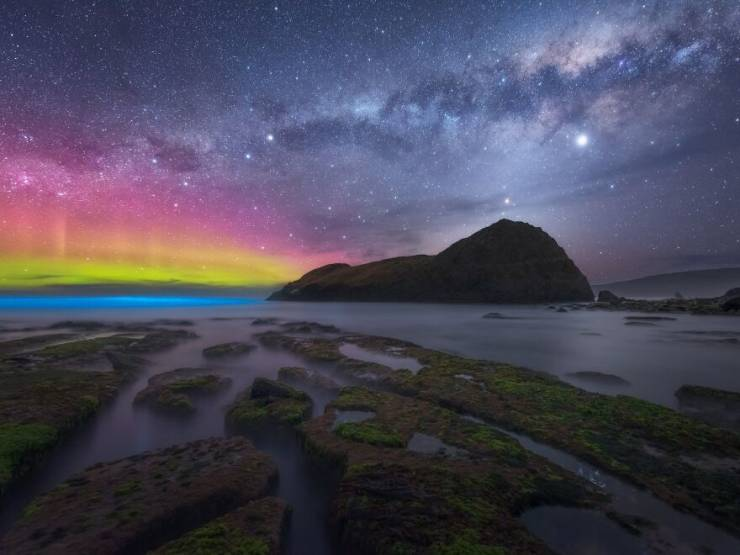 """Take A Look At These Mesmerizing Winners Of """"Northern Lights Photographer Of The Year"""" Competition!"""