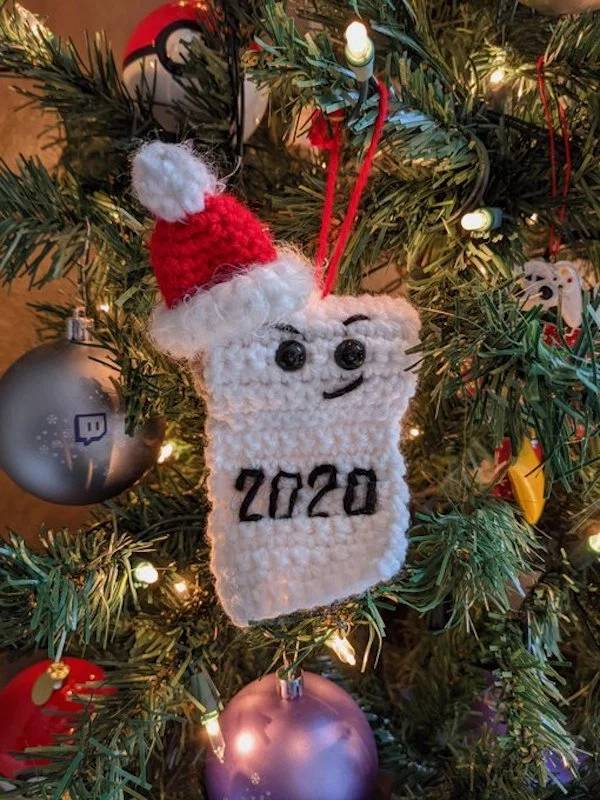 These Christmas Ornaments Are Very Fitting For The Disaster Of 2020…