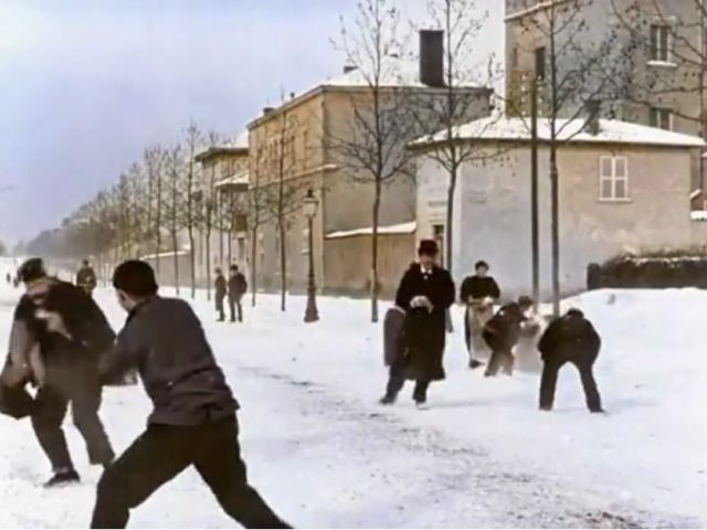 This Snowball Fight In Lyon, France, Happened 124 Years Ago!