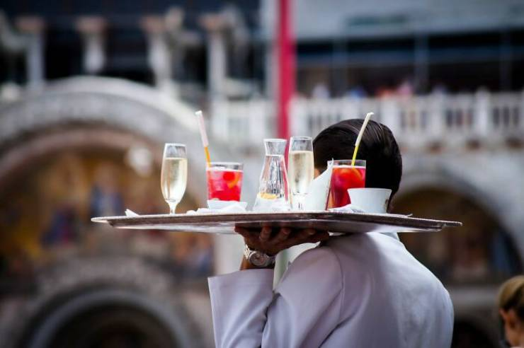 What Really Annoys Restaurant Servers…