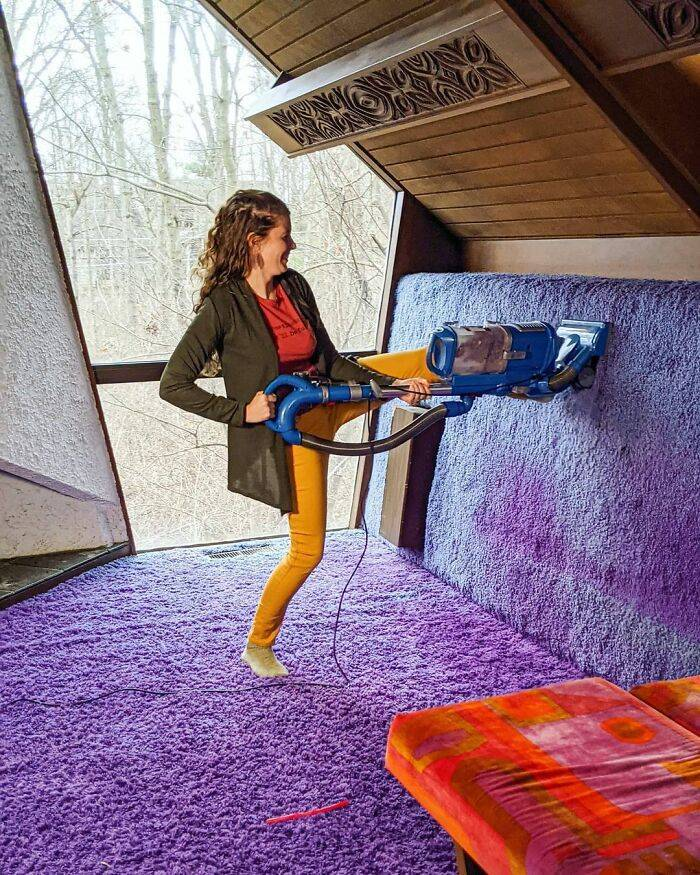 Couple Buys An Incredibly Vintage House That Looks Like A Time Capsule From The 70s