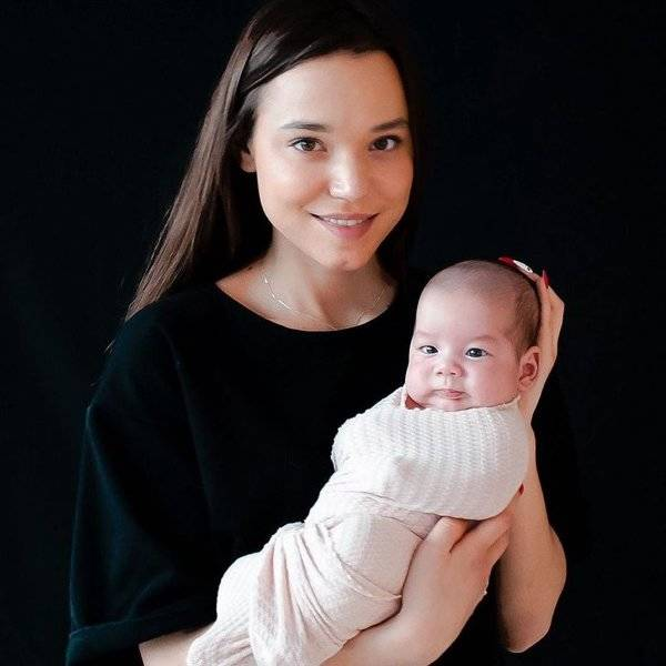 This 23-Year-Old Is Already A Mother Of 11 (!) And Is Planning To Go For Over 100 (!!!) Kids