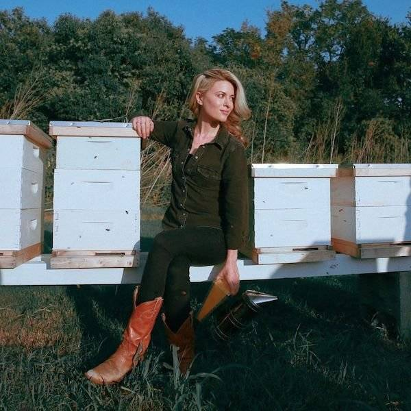 Meet Erika Thompson, The Bee Queen